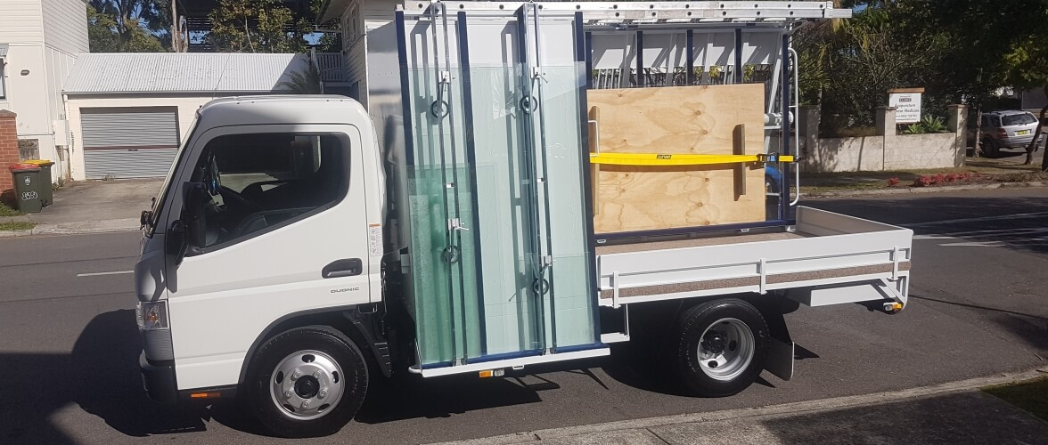 Unbreakable Glass Home Slider Service Vehicle for Glass Company